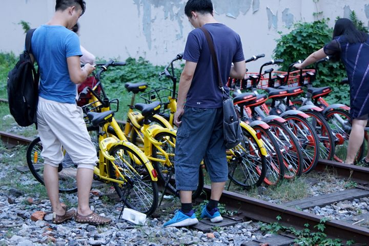 Two Chinese Cities Halt New Shared Bike Rollouts