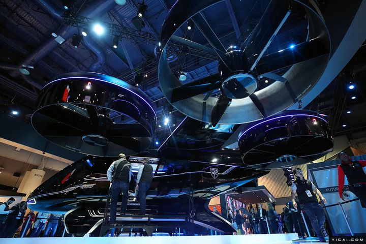 Unmanned Vehicles, Folding Handsets Rivet the Eyes at CES 2019